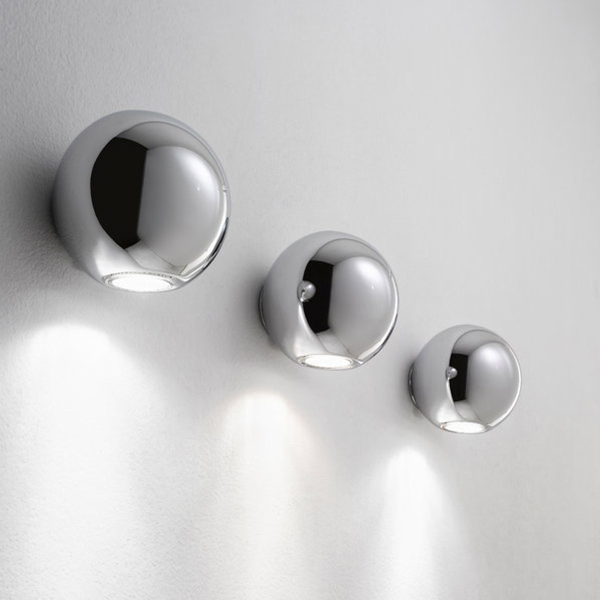 Zidna lampa Pelota Z-6610 hrom