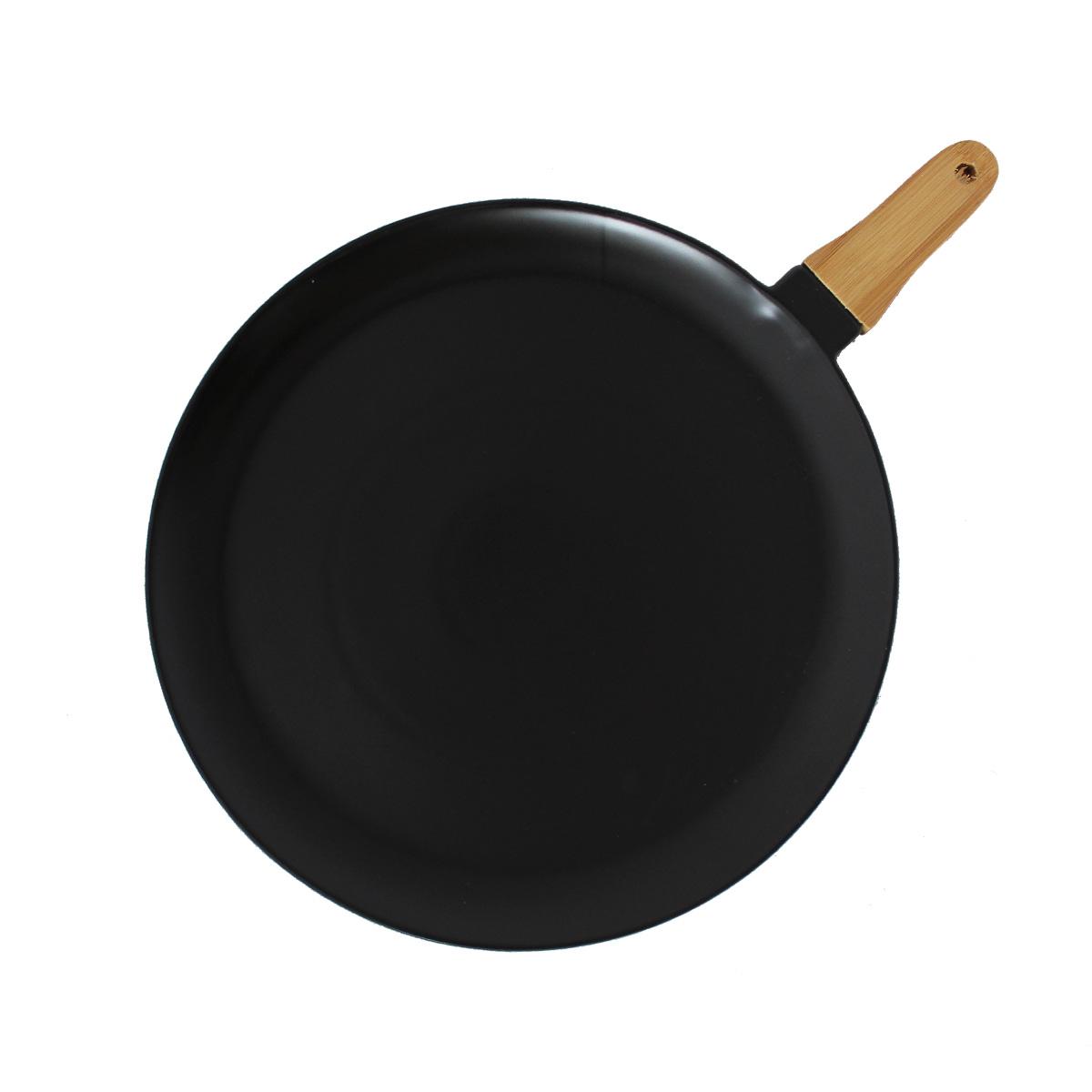 Keramički tanjir na drvenoj dasci  L MUS-058