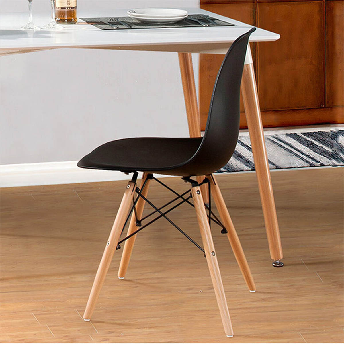 Plastična stolica crna MU19-002B